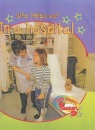 Little Nippers: Who Helps Us - in a Hospital (Little Nippers)