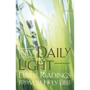 NIV Daily Light Bible: Daily Readings from the Holy Bible