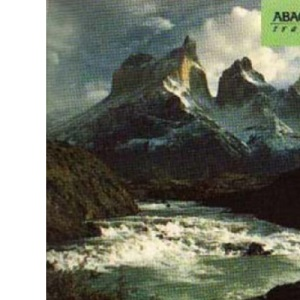 Travels in a Thin Country: Journey Through Chile