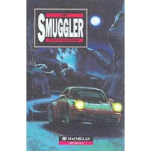 The Smuggler: Intermediate Level (Heinemann Guided Readers)
