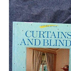 Curtains and Blinds (Living style)