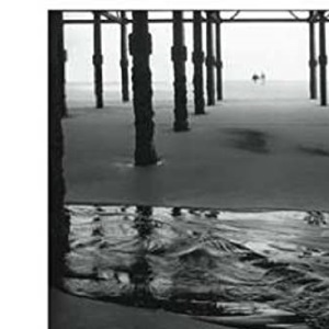 Black & White Photography in a Digital Age: Creative Camera, Darkroom and Printing Techniques for the Modern Photographer