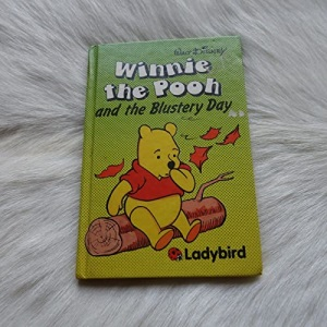 Winnie the Pooh and the Blustery Day (Easy Readers S.)