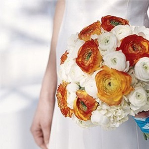 Simple Stunning Weddings Flowers: Practical Ideas and Inspiration for Your Bouquet, Ceremony and Centerpieces