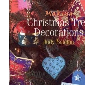 Making Christmas Table Decorations