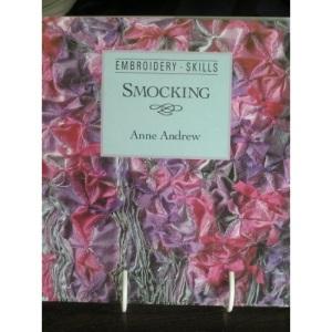 Smocking (Embroidery Skills Series)