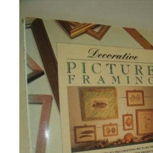 Decorative Picture Framing (Decorative Arts)
