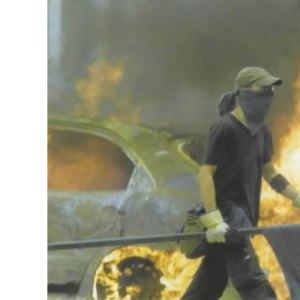 On Fire: The Battle of Genoa and the Anti-capitalist Movement (Politics in the Street)