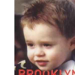 Brooklyn Beckham: Learning to Walk