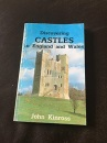 Castles in England and Wales (Discovering S.)
